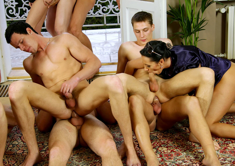 порно группы бисексуалов фото